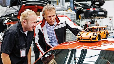Uwe Wabra, Senior Designer in the LEGO Technic Team (left), Andreas Preuninger, project head of motorsport and GT road cars (right)