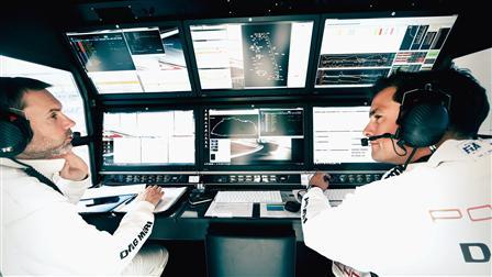 Porsche Stephen Mitas (right)