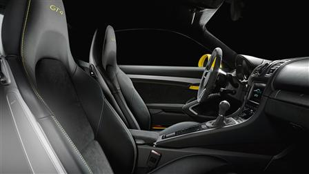 Cayman GT4, Interior