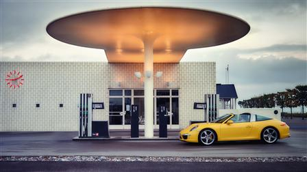 Porsche 911 Targa 4S, Scovshoved gas station