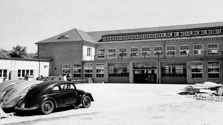 Porsche 1938: Completion of Werk 1 in June 1938