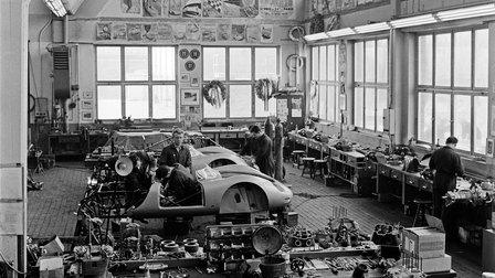 1959: Porsche-Rennabteilung im Werk 1