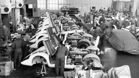 1969: Fahrzeug Montage Porsche Typ 917 im Werk 1