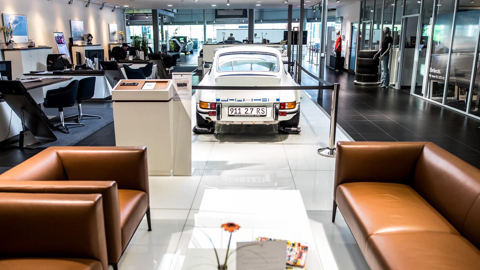 Porsche Centre Frankfurt