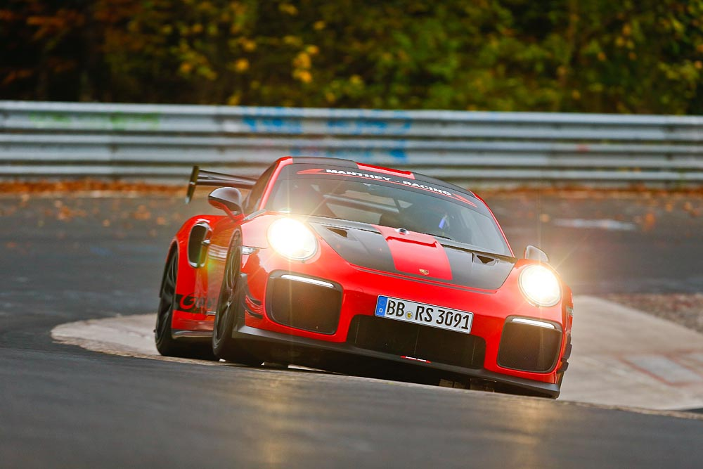 Porsche Press releases 911 GT2 RS MR is the fastest road